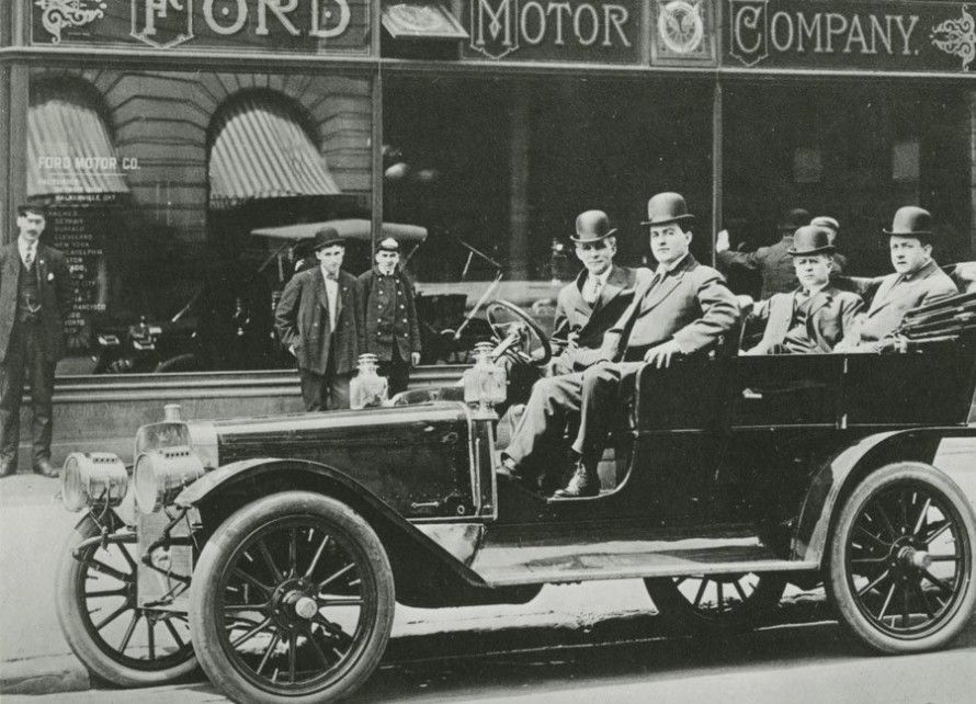 Henry Ford in Car
